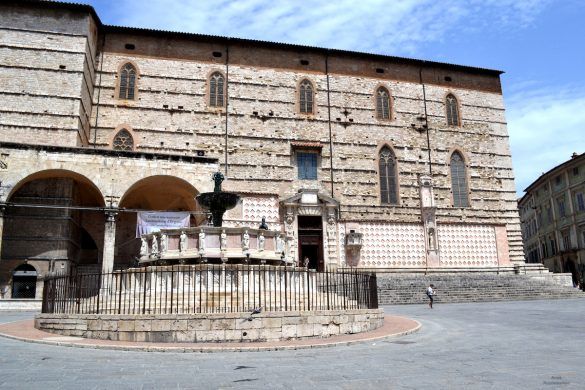 Perugia, Piazza IV Novembre met de Fontana Maggiore
