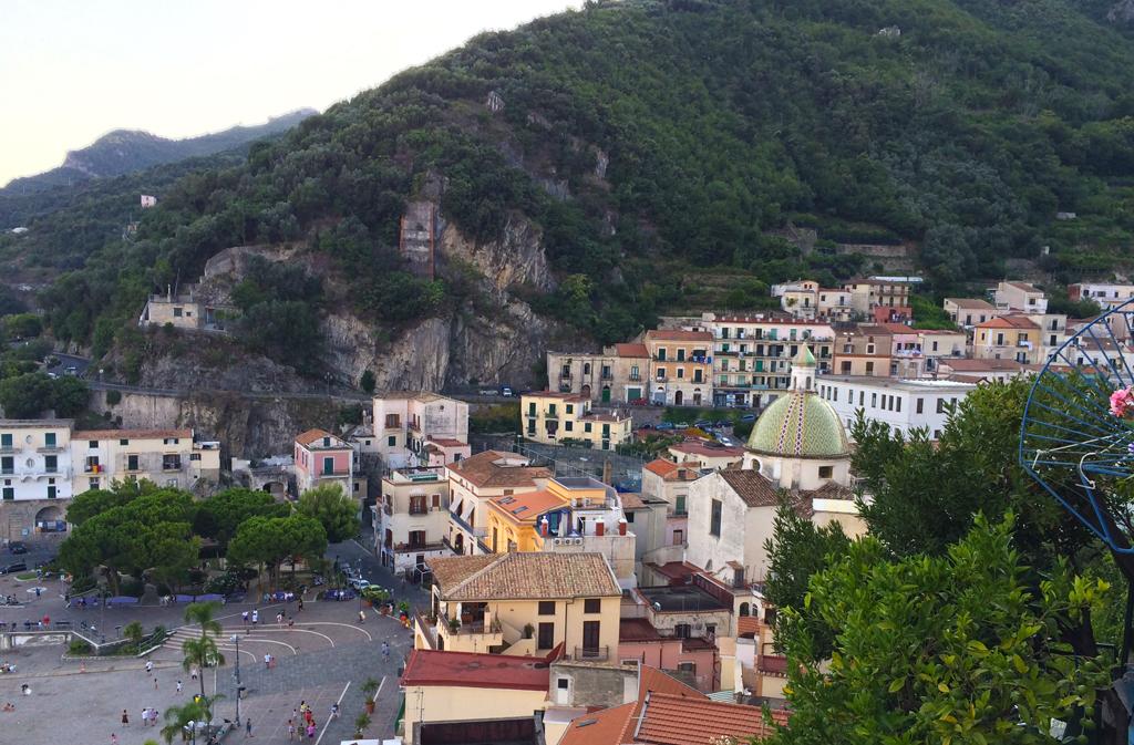 Uitzicht op Cetara