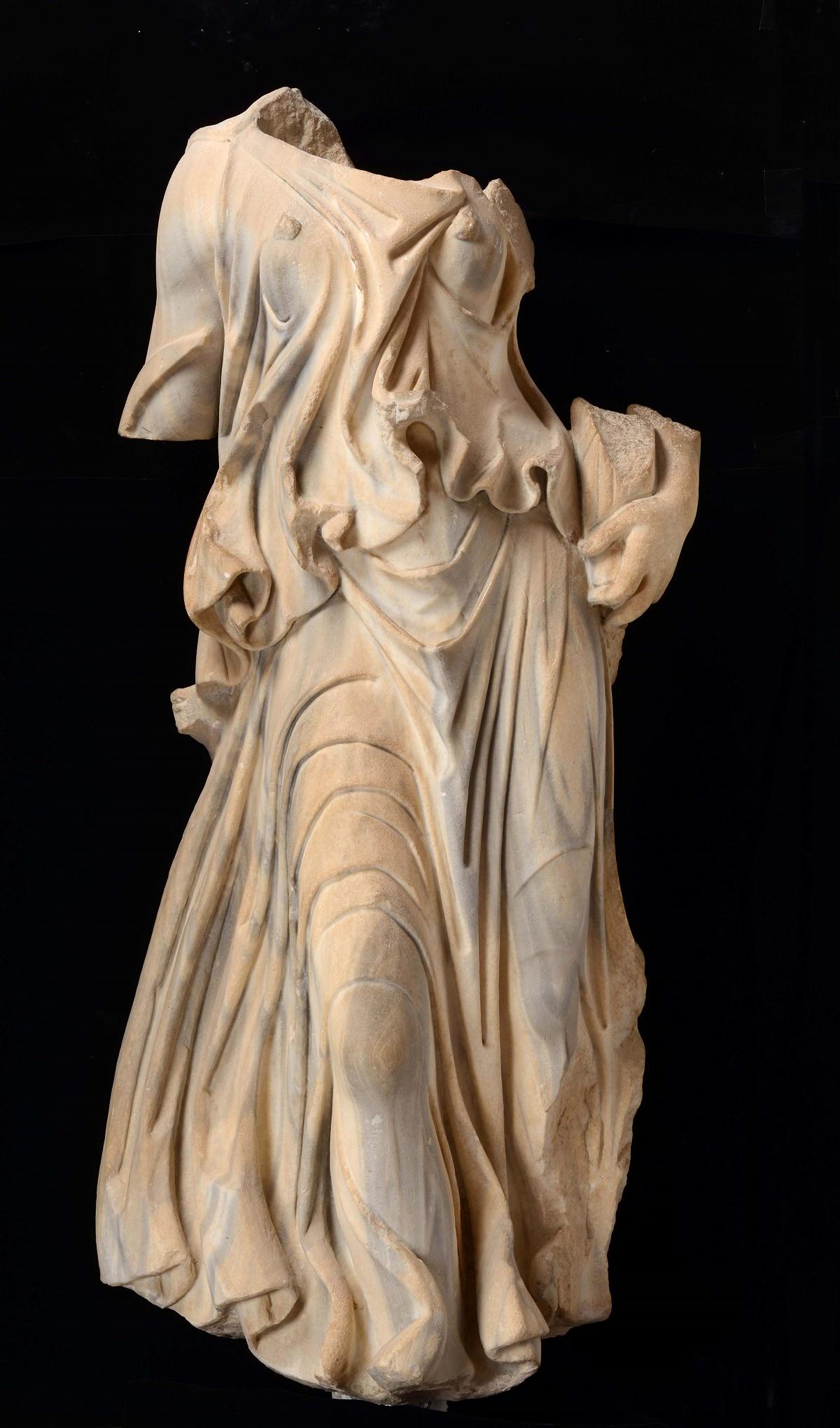De Overvloed, Marmer, gevonden in Carthago, Musée national de Carthage, Tunesië. Foto: Rijksmuseum van Oudheden