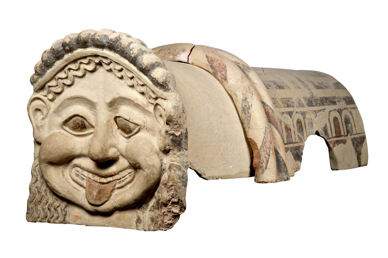 Gorgon Antefix Terracotta dak-ornament met het hoofd van een gorgon, Gela, Sicilië, c.500 BC Museo Archeologico Regionale Di Agrigento © Regione Siciliana