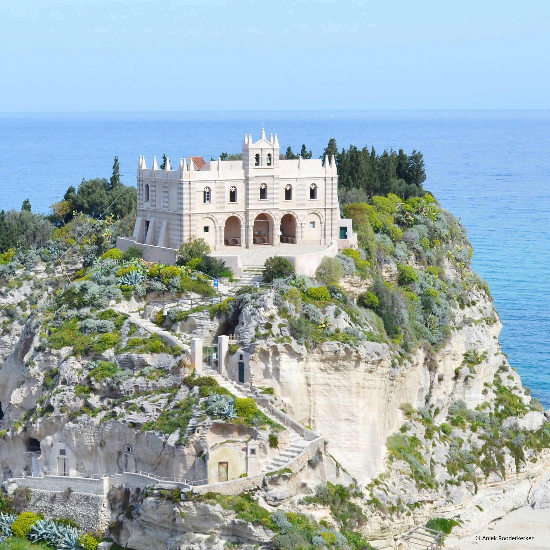 De Santa Maria dell'Isola is de trots van Tropea