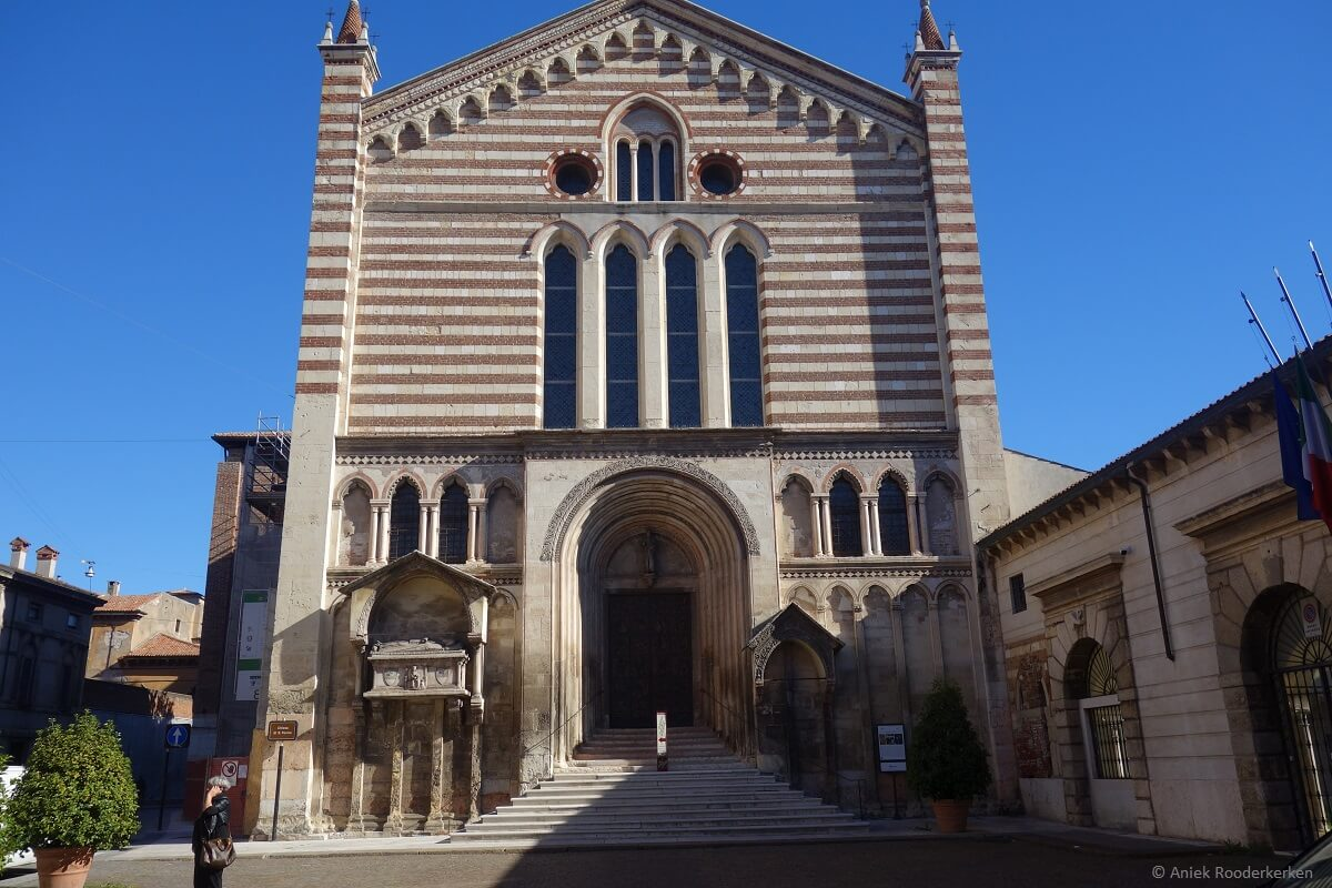 Wandelen langs Dante's Verona: San Fermo
