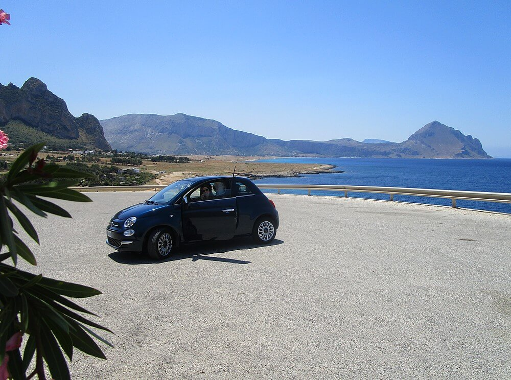 Auto huren op Sicilië. Foto © Followmyfootprints