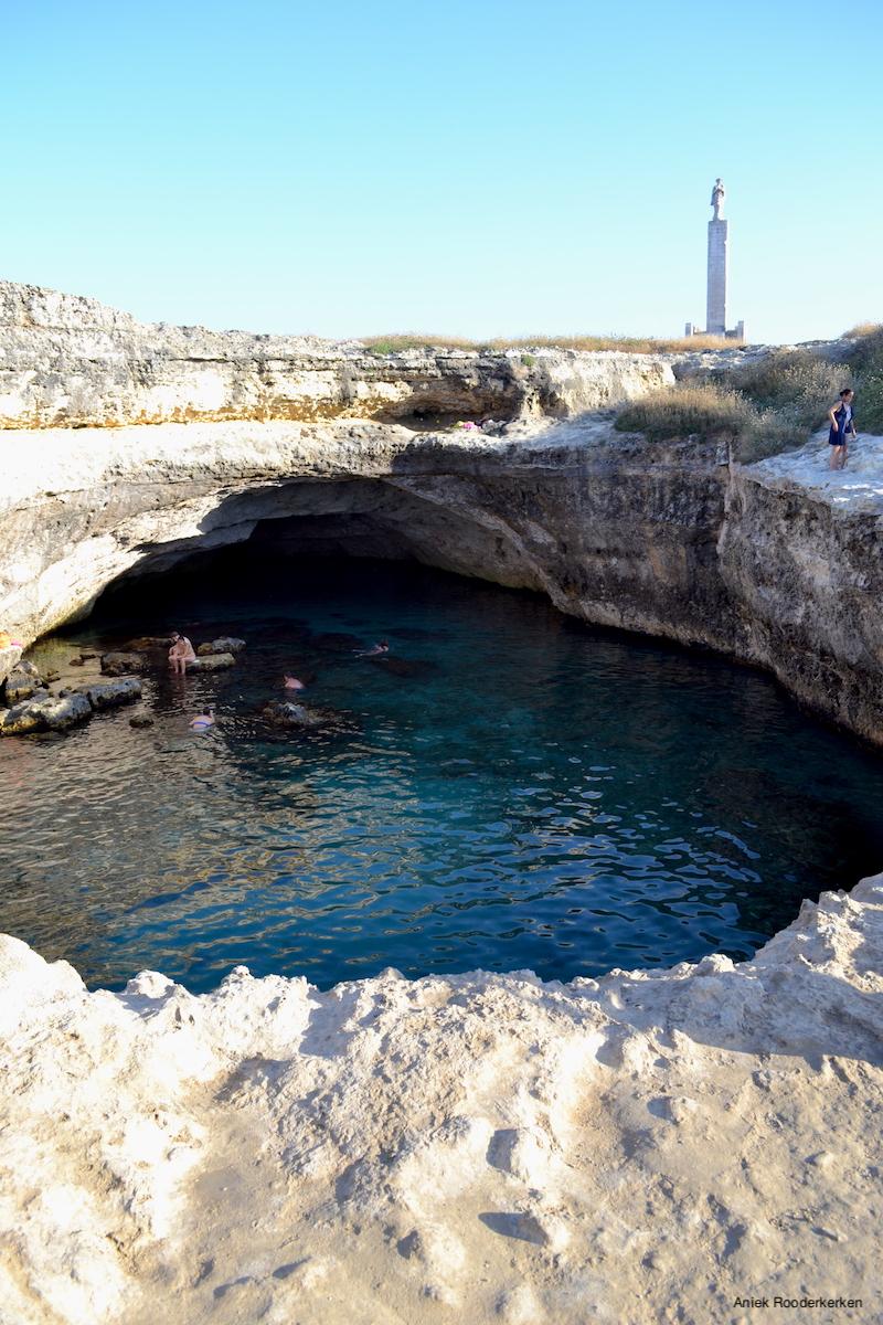 De Grotta della Poesia in Puglia