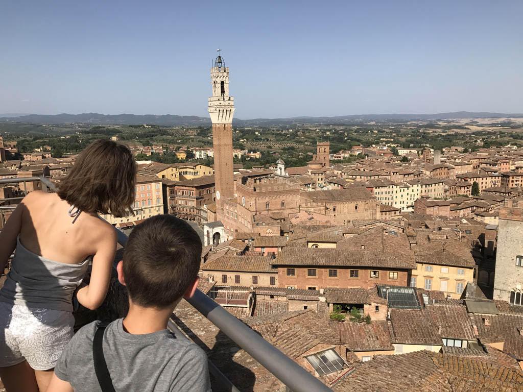 Duomo di Siena en panorama dal Facciatone. Foto door KidsErOpUit.