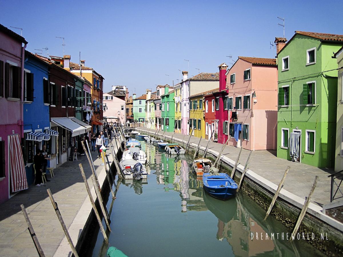 Burano, bij Venetië. Foto door dreamtheworld.nl