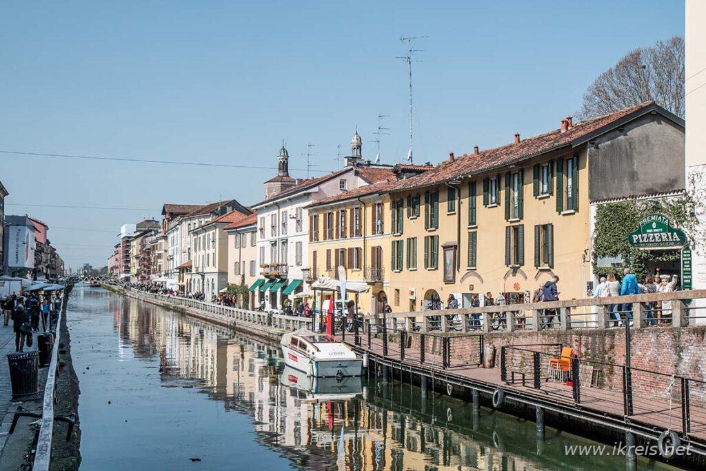 Ik kan vooral genieten van de oude haven van Naviglio. In deze kleurrijke wijk liggen vele hippe restaurants en gezellige koffiebars.