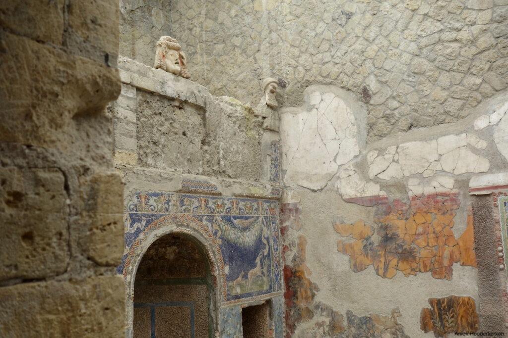 Herculaneum, Huis van Neptunus en Amphitrite