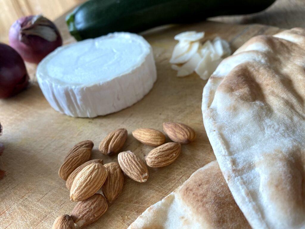 Ingrediënten voor de platbroodpizza