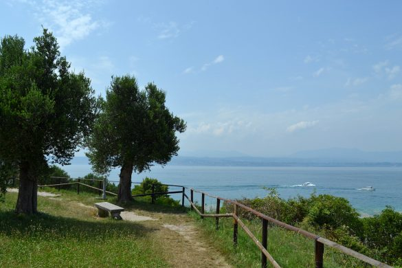 Uitzicht over het Gardameer vanaf Sirmione