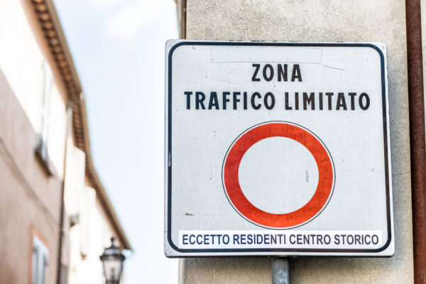 Zona Traffico Limitato, ZTL